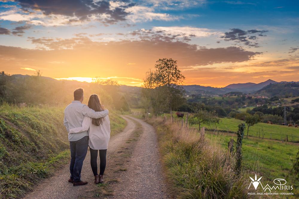 Reportajes de bodas, parejas, atardeecer en pareja, sesiones, preboda, postboda, boda